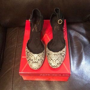 Aerosoles animal print mid heel shoe